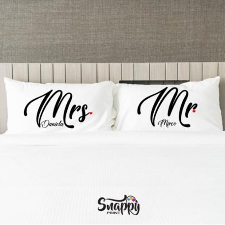 Coppia di federe personalizzate Mr e Mrs eleganti idea regalo San Valentino