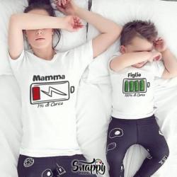 """Coppia di T-Shirt Magliette Mamma E Figlio / Figlia Idea Regalo Festa Della Mamma """"CARICA"""""""